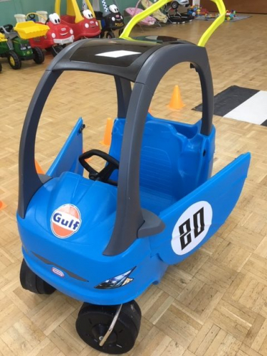 a little tikes cozy coupe ride on toy in Gulf racing colours